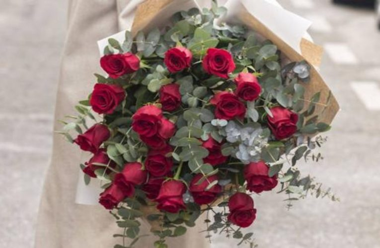 Giving flowers is still a great idea and these are the most original and current ways to do it