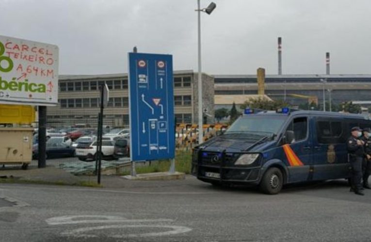 The UDEF enters the Alcoa headquarters in La Coruña and Avilés due to the investigation of the National Court