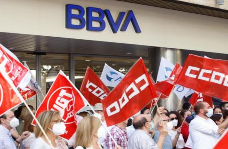 BBVA and unions face the agreement and give until June 8 to agree on the ERE
