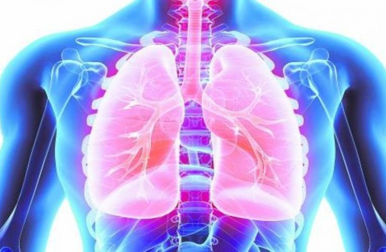 These are the symptoms of lung cancer, the deadliest tumor in Spain