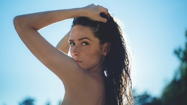 How to take care of blemished skin in summer