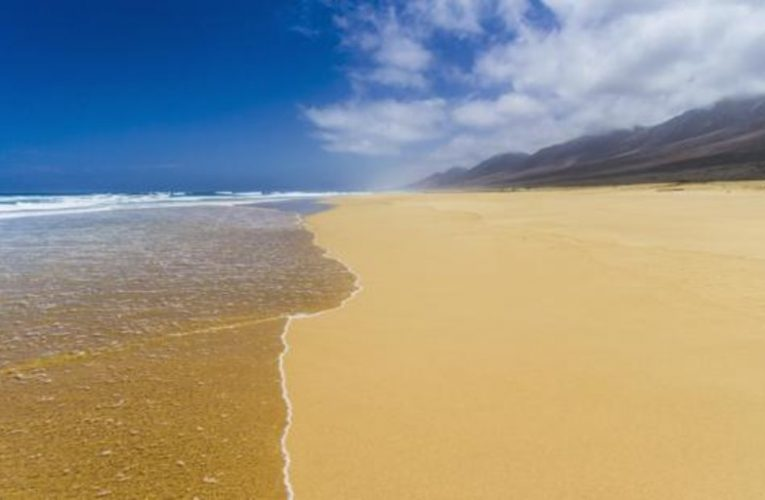 Ten of the best beaches in Spain to maintain social distancing