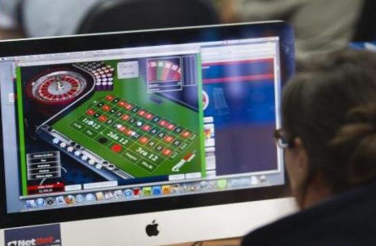 The online gambling business gives another boost in the midst of the crisis