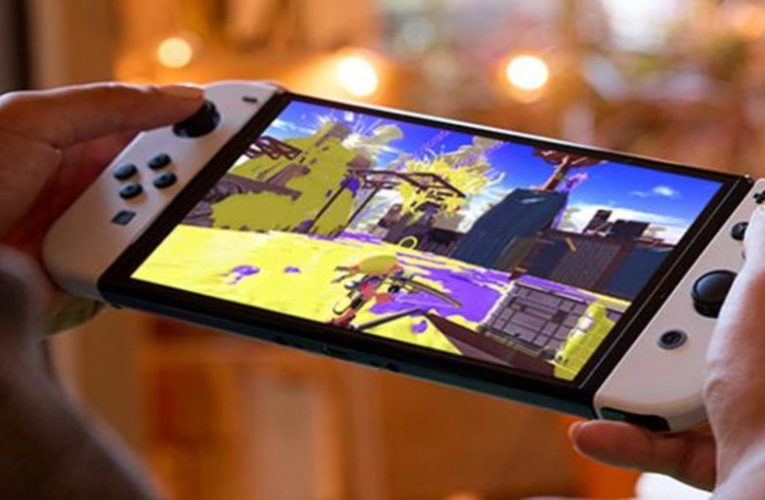 """Nintendo does not plan to launch a more powerful version of its Switch """"at the moment"""""""